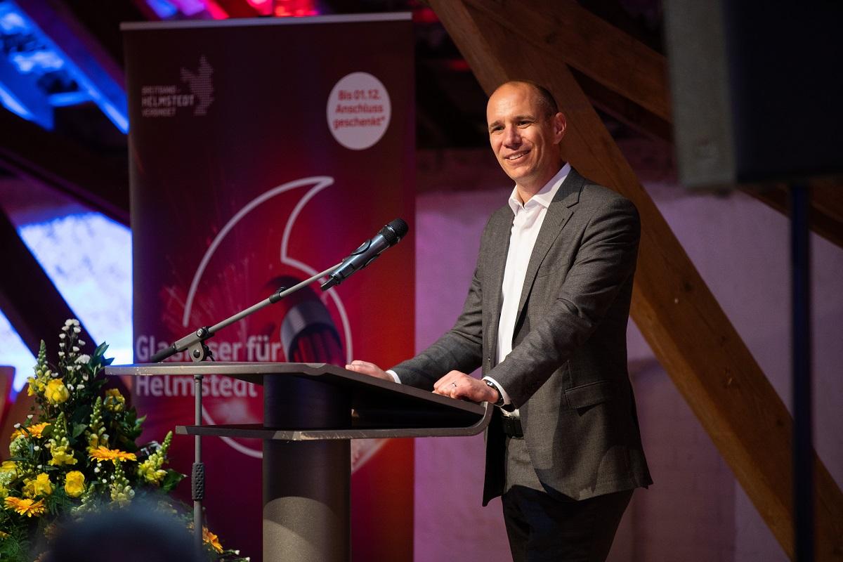 Foto: Sebastian Petersen, Philigran Studio // Jürgen Raith, Direktor Glasfaser Vermarktung und Rollout bei Vodafone Deutschland
